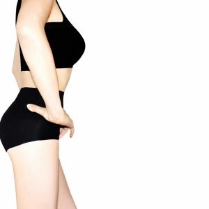 プッシュアップでバストアップ⁉ 「美トレ生活」で理想の体型を