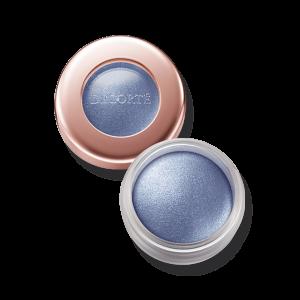 透明感と輝きをプラス!涼しさ全開のブルーアイシャドウ6選