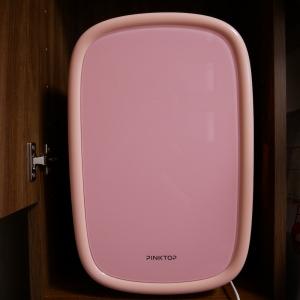 海外で大人気!化粧品を最適環境で保管する「コスメ専用冷蔵庫」って?