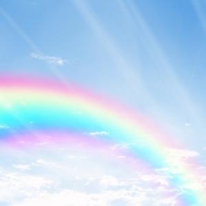 紫外線とブルーライトって結局何が違うの? どちらもちゃんと対策しよう