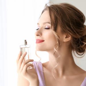 夏にぴったりのおすすめ香水をご紹介します!