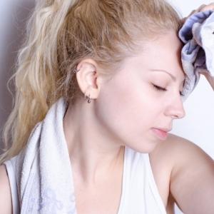 汗ばむ季節の体臭は不調のサインかも ニオイの原因別ケア法3選