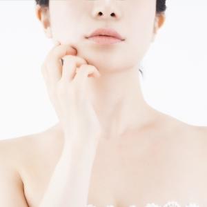 肌にたるみが出来るとフェイスラインはどう変わる? たるみ解消法