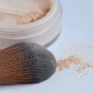 アトピー肌にも使える肌に優しいファンデーションの塗り方・落とし方