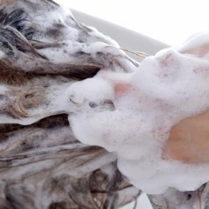 シャンプーブラシを使うとどんな効果が? 自宅でサロン並みのヘッドスパ体験をするために