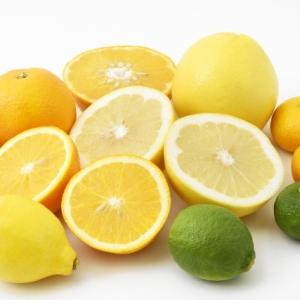 日焼けシーズン要注意! 紫外線ダメージを増長するランチ前に避けるべき食材