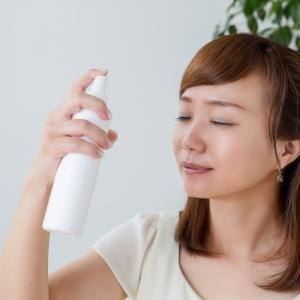 崩れ防止のつもりが帰って肌を乾燥させてしまう・・・?化粧ミストの上手な使い方