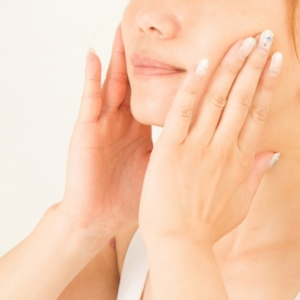 肌の水分保持力を大幅に改善するヘパリン類似物質とは?