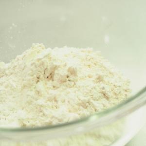 小麦粉パックは本当に安全? その効果やリスクなど