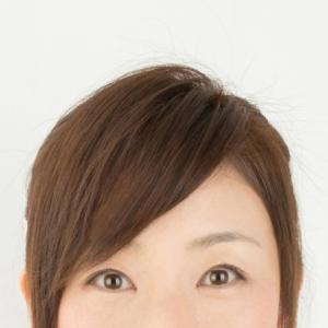 髪の「分け目」で可愛くなれる!基準は眉の位置
