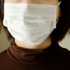 マスクをしても綺麗が持続!メイクを崩れにくくする方法