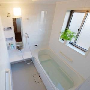 窓のない浴室でも大丈夫! カビ予防の秘訣は換気にあり!