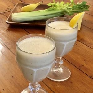 【美容スムージーレシピ】セロリ&グレープフルーツで疲労回復!リフレッシスムージー