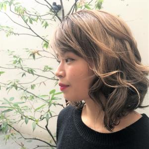 テクニックなしで秋冬トレンドヘア! アイロン別巻き髪スタイリング法